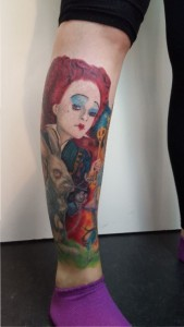 "Die 'Rote Königin' (Helena Bonham Carter) aus ""Alice in Wonderland"", Realistic Tattoo von Sandy Lee"